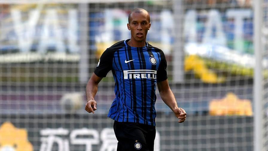 Inter, Miranda è fuori: corsa a due Lisandro-Ranocchia