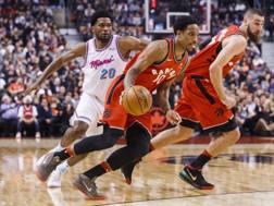 Un momento della partita tra i Toronto Raptors e i Miami Heat. In primo piano DeRozan. Ap