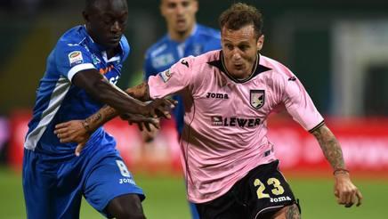 Alessandro Diamanti con la maglia del suo ultimo club, il Palermo.