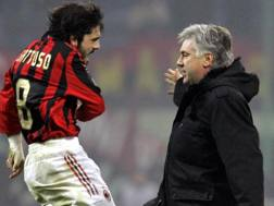 Rino Gattuso e Carlo Ancelotti ai tempi in cui Ringhio giocava e Carletto allenava. Ap
