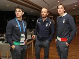 Alex Vinatzer sulla destra con Stefano Gross e Manfred Moelgg al centro. Ansa