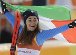 La gioia tricolore di Sofia Goggia. Ap