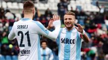 Ciro Immobile, 28 anni, festeggia la rete numero 23 in campionato contro il Sassuolo. Ansa