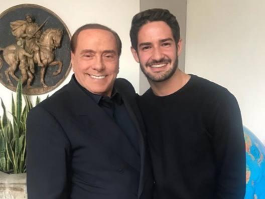 Pato, nostalgia rossonera Vede Berlusconi  e Galliani