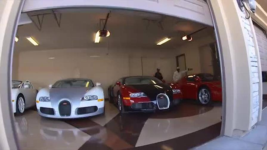 Il garage da mille e una notte di floyd mayweather video for Una dimensione del garage per auto