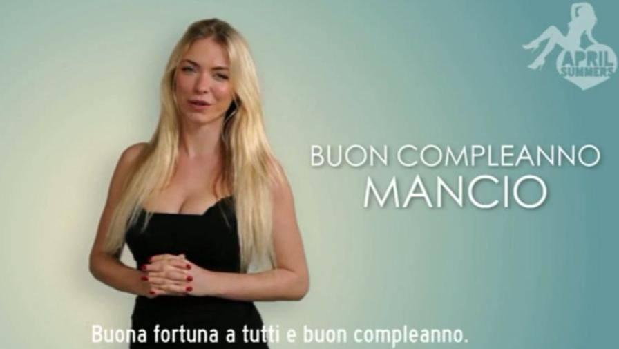 Buon Compleanno Mancio Gli Auguri Di April Summers Video Gazzetta It