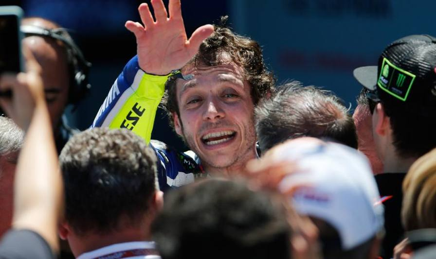 Rossi scatenato, trionfo in casa spagnola