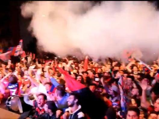 Il Crotone in Serie A, la festa dei tifosi al gol di Palladino