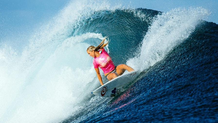 Surf league bethany hamilton 3 posto per la statunitense senza un braccio causa squalo - Tavola surf usata subito it ...