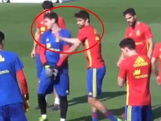 Euro 2016, Spagna: Casillas si vendica di Piqu�, tunnel mancato