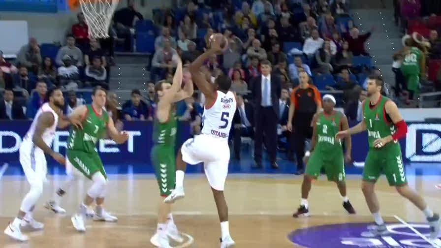 Bargnani, esordio da 26 punti e vittoria col suo Baskonia