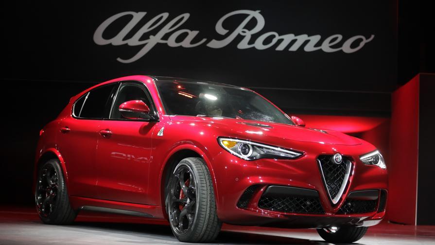 "Ecco ""Stelvio"": primo Suv Alfa Romeo"