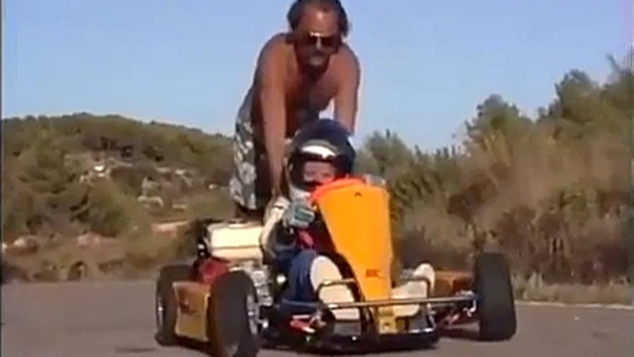 Nico Rosberg, lezione di kart con papà Keke