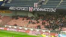 Lo striscione anti-Stramaccioni a Praga