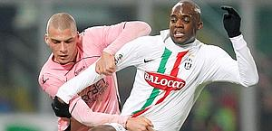 A destra Mohamed Sissoko, 26 anni. Reuters