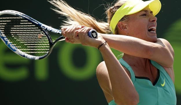 Maria Sharapova durante il match con Sara Errani. Reuter