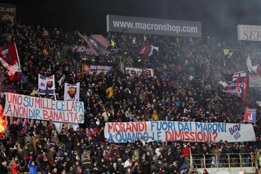 Buon Natale Ultras.Bologna Udinese 0 2 Rigore Di Di Natale E Nico Lopez La Curva Contesta Morandi La Gazzetta Dello Sport