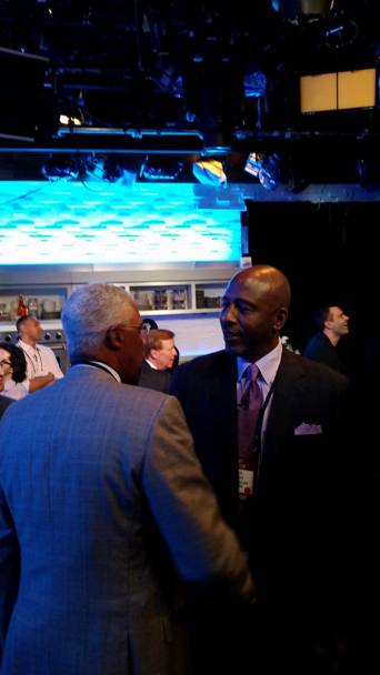 Dr. J e James Worthy