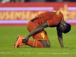 Romelu Lukaku si tocca la caviglia destra. Action Images