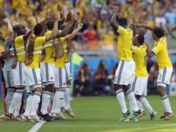 La danza di gioia dei giocatori della Colombia. LaPresse