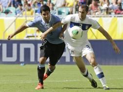 Suarez contro Chiellini nella Confederations dell'anno scorso. LaPresse
