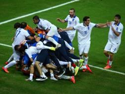 La gioia della Grecia dopo il gol partita. Getty