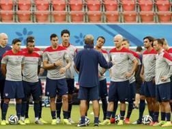 Jurgen Klinsmann: riunione e allenamento. Afp