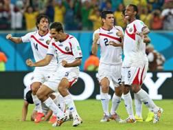 La gioia della Costa Rica a fine partita. Epa