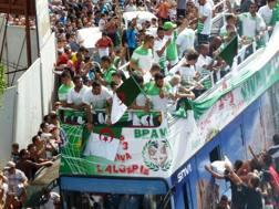 La nazionale dell'Algeria è stata accolta in modo trionfale dai tifosi. Afp