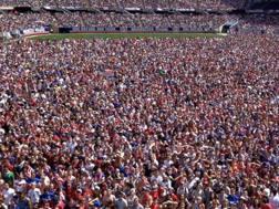 La folla sterminata di statunitensi che hanno riempito il Soldier Field di Chicago per usa-Belgio