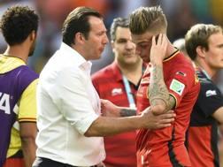 Wilmots consola Alderweireld . Reuters
