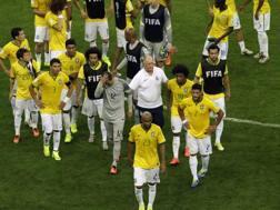Il Brasile esce dal campo. LaPresse