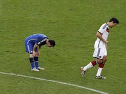 Lionel Messi vomita durante la finale Mondiale