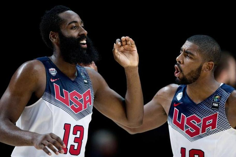 Harden e Irving, i due trascinatori di Team Usa in finale. Getty
