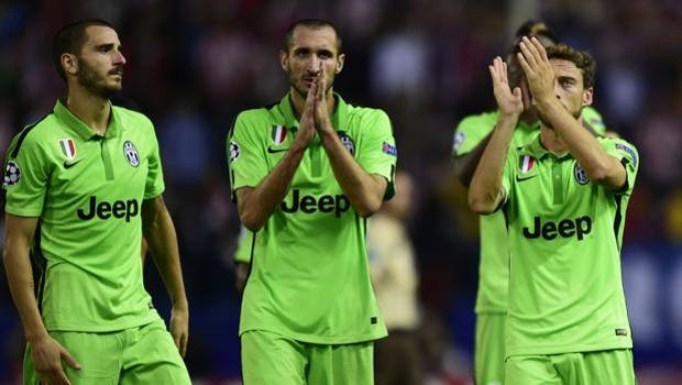 """Champions: Juve, la maglia color """"Shrek"""" e l'ironia del web - La Gazzetta  dello Sport"""