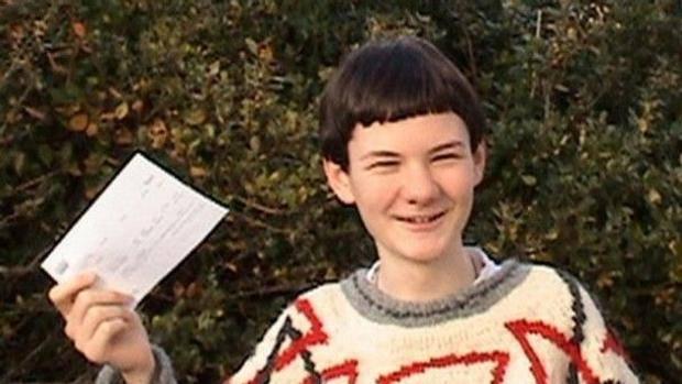 ARRAN FERNANDEZ bambino prodigio all universita  di Cambridge a 15 ... e0c03128718
