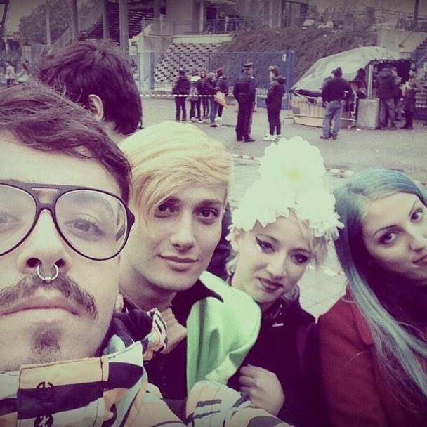 timeless design e9ffc b8948 Angeli e demoni: Lady Gaga show L'artRave approda a Milano ...