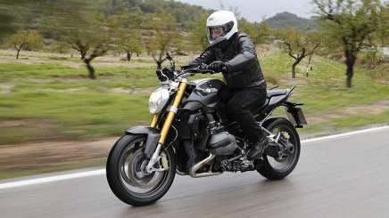 Bmw R 1200 R, la nuda è ancora più versatile - La Gazzetta