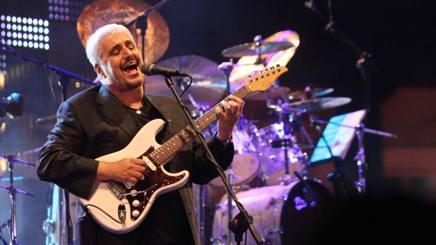 È morto Pino Daniele. Blues, funky, Maradona e il Napoli nel cuore