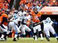 Non c'è stato scampo per i Denver Broncos di Peyton Manning: Colts avanti. Reuters