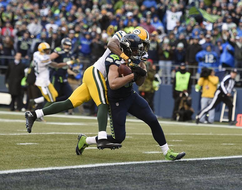 I Seahawks hanno sconfitto in casa i Green Bay Packers 28-22 ai tempi supplementari. Decisivo il touchdown di Jermaine Kearse (nella foto) su passaggio da 35 yard del quarterback Russell Wilson.(Action Images)