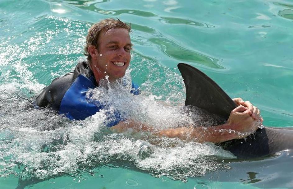 Tennisti a bagno con i delfini a miami la gazzetta - Bagno coi delfini ...