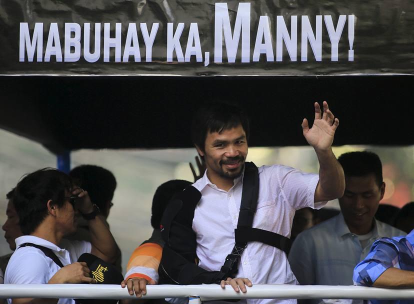 """Mabuhay Ka, Manny!"". In poche parole: ""Lunga vita a te, Manny!"" (Action Images)"