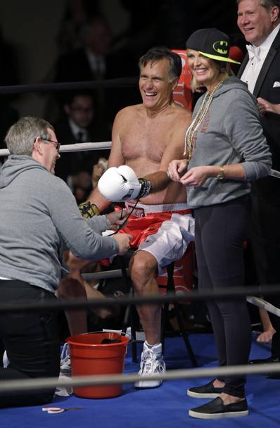 Ann Romney se la ride all'angolo. Getta la spugna: fine del match. Ap