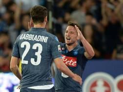 Dries Mertens, autore di una doppietta, e Manolo Gabbiadini, anche lui in gol. Getty
