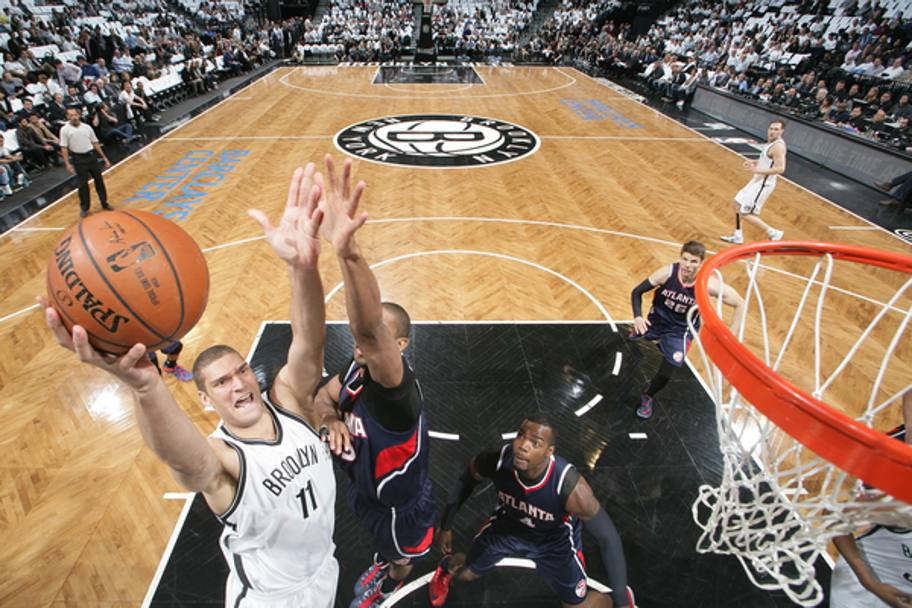 Brook Lopez, centro di Brooklyn, ha una player option da 16,8 milioni che deve ancora decidere se esercitare