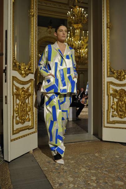 Pitti uomo 88 sfilano i giovani stilisti for Essere minimalisti