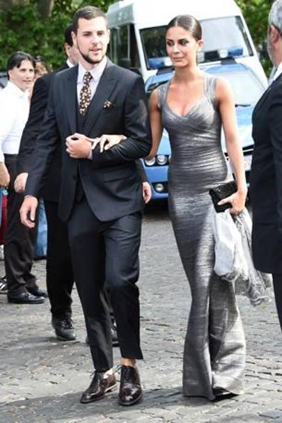 Matrimonio Con Uomo Con Figli : Scarpe di gomma e senza calze alle nozze