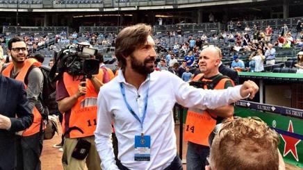 Mercato, Pirlo, giro di campo allo Yankee Stadium. Il 26 il debutto