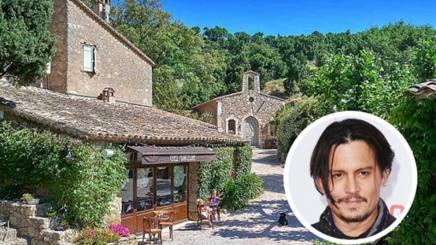 Johnny depp da record la sua villa con borgo for Ranch di case fresche